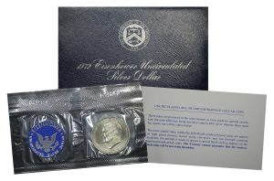 Gallery image of this 1972-S Eisenhower Dollar Silver Uncirculated Pouch